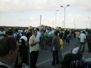Photo by Natalie Abou Shakra. 2nd. June, 2009. Rafah. 'crowded 1'